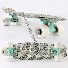 Пластиковый скейтборд с горячей продажей (YVP-2206-5)