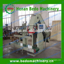 2015 The most popular Automatic quantitative packing machine for sawdust pellet/Granule quantitative packing machine