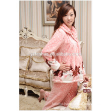 Hot Sale Women Coral Fleece Pajamas Suit for Winter Sleep Wear