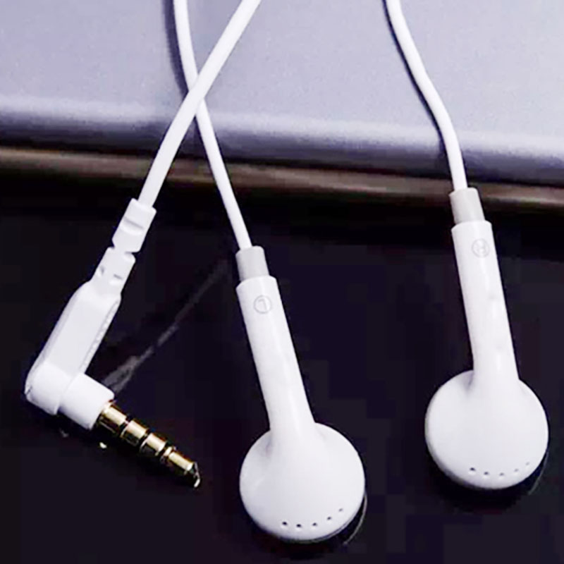 In ear earphone 02