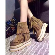 Comfortable Fashion Ldaies Ankle Boot with Tassles