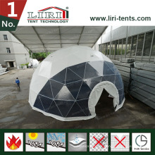 Tiendas de cúpula geodésica de 19 m con ventanas redondas para películas