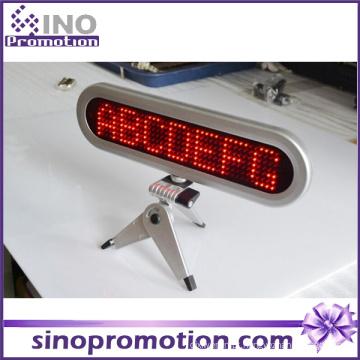 Táxi dentro da placa de exposição da tela do diodo emissor de luz para o carro