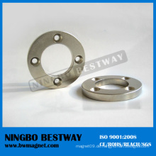 Großer Ring aus Permanentmagneten mit Loch