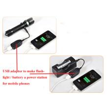 Adaptateur USB pour dévier la lampe de poche vers une centrale électrique