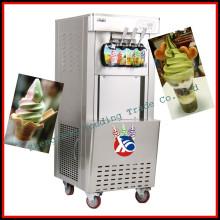 cono de helado suave que hace la máquina