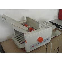 Зе-8 Автоматический бумажный creasing и складывая машина