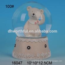 Hochwertige Bären geformte Polyresin Wasser Globus