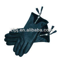 women fashion black sheepskin the leather gloves