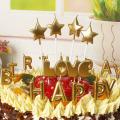 letra forma ouro e vela de aniversário tira