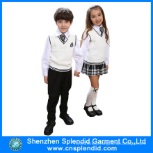 2016 New Model Winter Fashion Kindergarten Uniform Design
