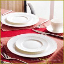 5 PCS White Porcelain Dinner Set Em relevo Hollow Spots