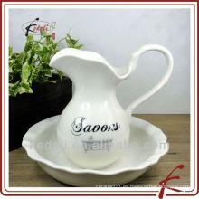 Jarra de cerámica caliente de la lanza de la jarra del agua de la porcelana al por mayor