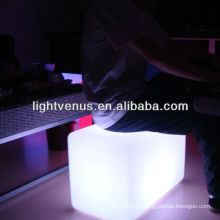 China Manufactuer RGB Color Changing Banco de LED Assento