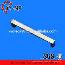 Fabricado en China de alta calidad de zinc piezas de fundición c9 zinc mobiliario accesorio manija de repuesto