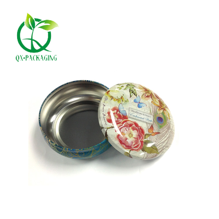 Candle tins with lids