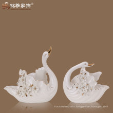 home decoratione accessories porcelain material high quality lover couple swan statue