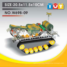 Good quality plastic DIY tank toy with all test report