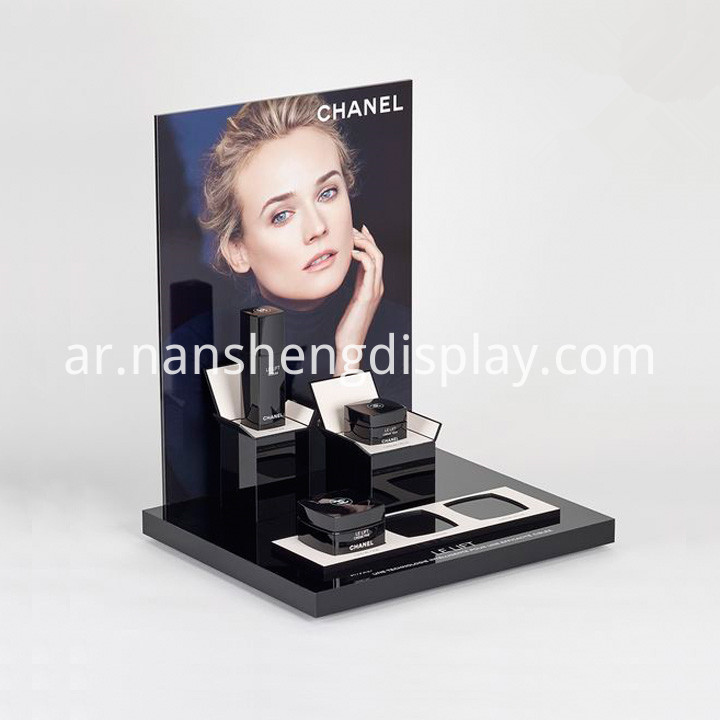 cosmetic stand holder