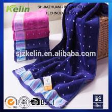 El hilado teñió la toalla popular al por mayor de la cara de la pila del corte del algodón del 100%