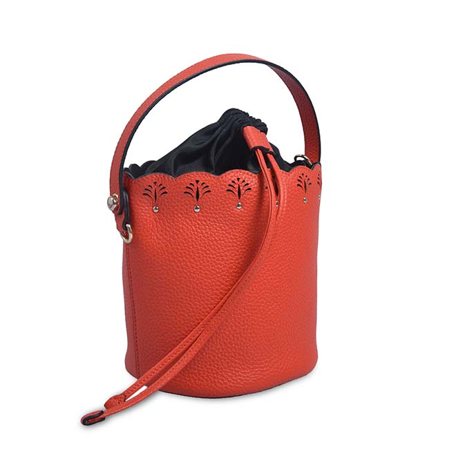 Vintage Women Small Crossbody Bags PU Leather Tassel Drawstring Bucket Bag