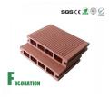 Suelo de compuesto exterior de madera compuesta compuesta de plástico del color de WPC de Cladco