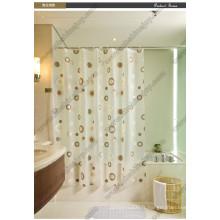 Rideaux de douche à l'eau et salle de bain