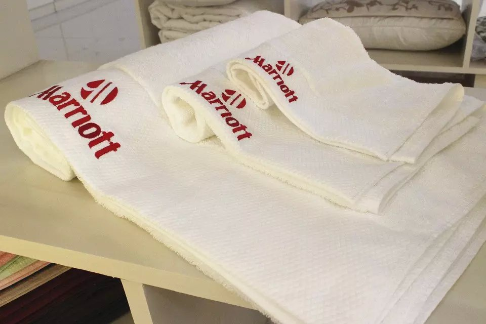 Bathroom Cotton Embroidery Logo Bath Towel