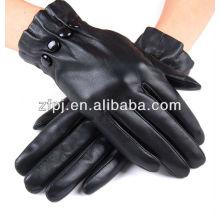 Los vestidos de la manera negra las mujeres falsifican los guantes calientes del invierno de cuero