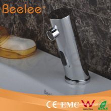 Favoritos Comparar Brass Automatic sin manija Cheap Touch Sensor Faucet
