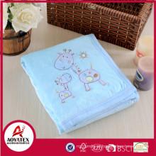 O animal imprimiu os produtos do bebê do velo do micro do vison mantêm para trás o cobertor do velo do sherpa