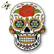 Nuevo Pin superior de la solapa del esmalte de la decoración del vestido de fiesta de los cabritos para el cráneo del azúcar del día de los muertos