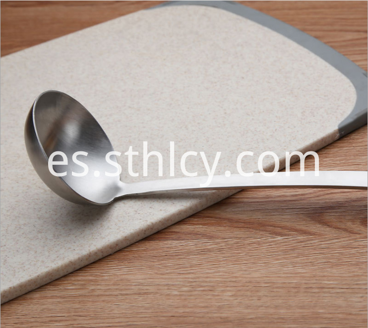 Stainless Steel Soup Ladle4