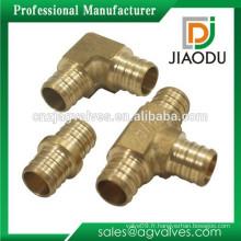 Raccord en laiton 1130 de qualité supérieure pour raccord de tuyau pex / raccords de tuyau en laiton DZR CW602N