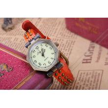 Relojes de cuero rojo para mujer KSQN-10