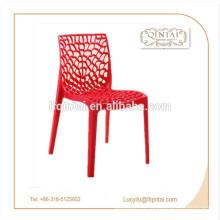 chaises en plastique / d'attente / de buffet / de fête avec des trous colorées en plastique