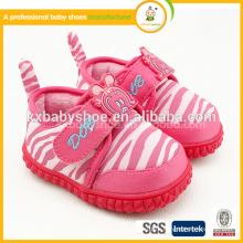 Горячие продавая красные белые Handmade TPR единственные ботинки младенца для мальчиков и девушок