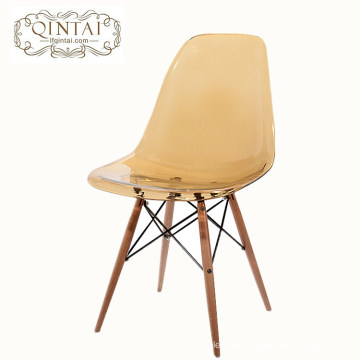 Modern high quality PC plastic chair with solid wood legs
