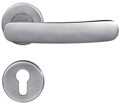 Elegant Solid handle