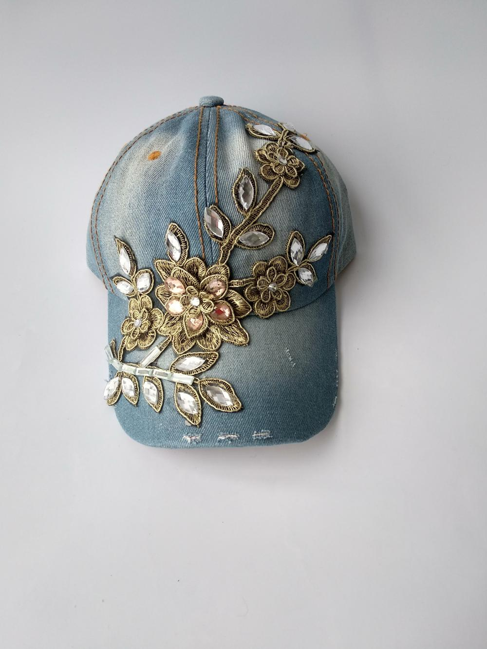 Sequin Embroidery Femmes Heavy Denim Cap