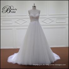 Exquisito abalorios vestido de novia una línea