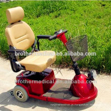 Cadeira de rodas elétrica com deficiência