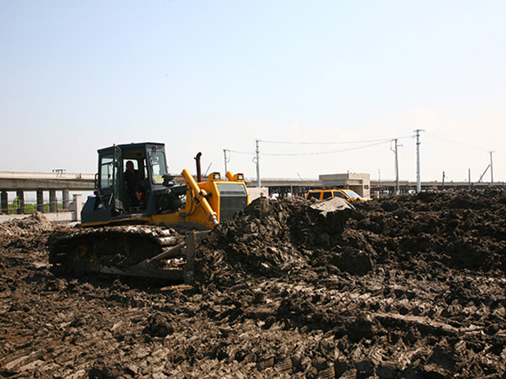 Dozer Machine Used