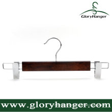 Colgador de pantalón de madera marrón con gancho / clip Matel