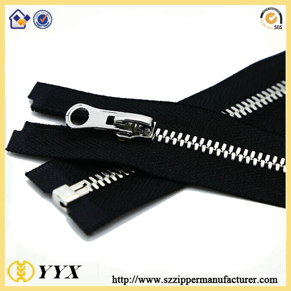 silver teeth metal zipper