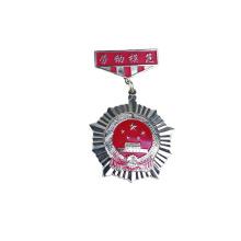 Barato em branco ouro personalizado logotipo de metal emblema do pino de lapela