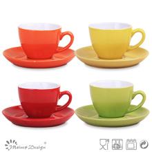 Taza de café y platillo
