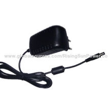 15V/1A 15W UK-type Power Adapter with 100 to 240V AC Input Voltage, KCC, CE, UL, GS, FCC, C-Tick