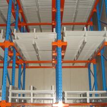 Entraînement de stockage d'entrepôt dans le système de support de palette