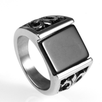 Vintage black square gemstone ring